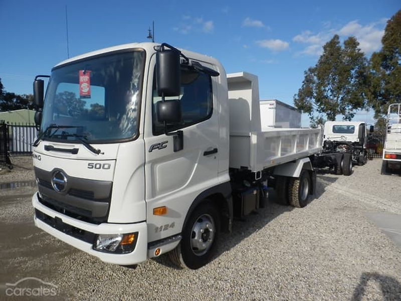 2019 Hino FC 1124 MT LEAF 3420 TIPPER 3.6 Photo 1  New Vehicles at Jacob Hino Picture 1